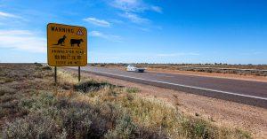 Mit dem Sonnenwagen und item durch Australien