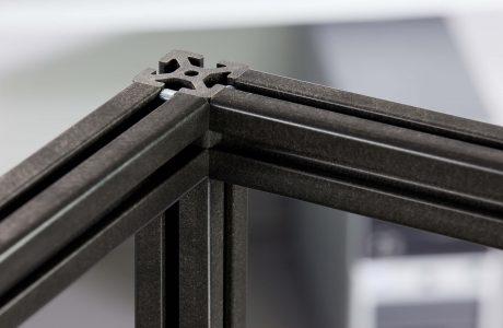 Spezielle Profile für den Maschinenbau – aus Holz und Kunststoff
